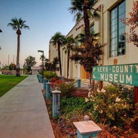 Museum Trail - Visit Bakersfield