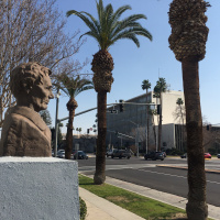 The Story Behind the Lincoln Statue in Bakersfield